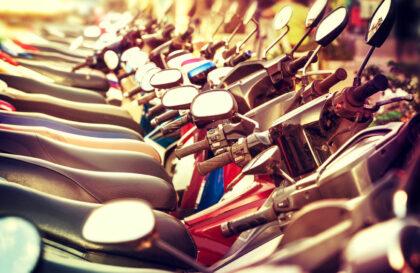 2 roues : les différences entre un cyclo, un scooter et une moto